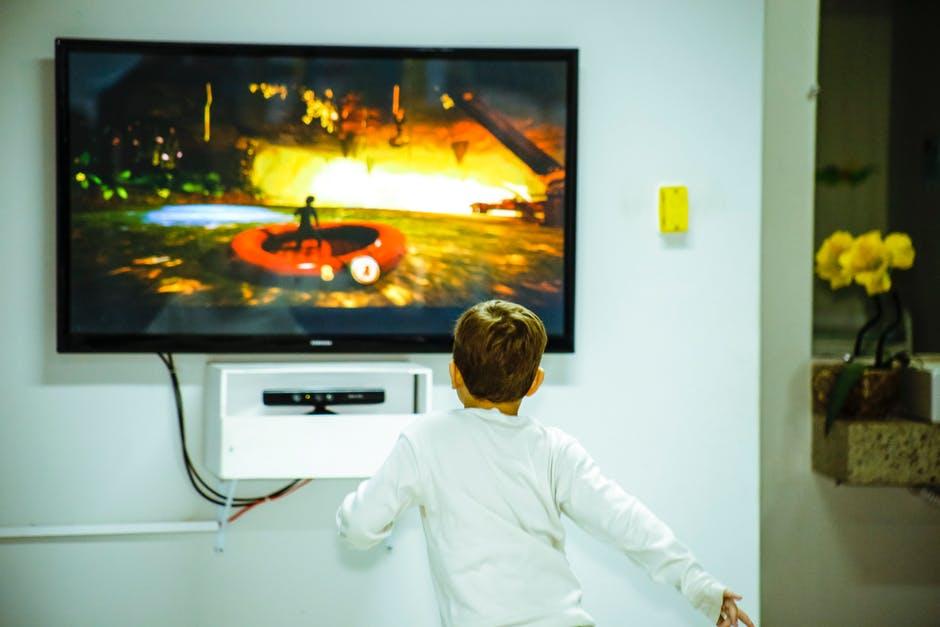 Telewizja – pozwalać czy nie pozwalać dziecku oglądać?